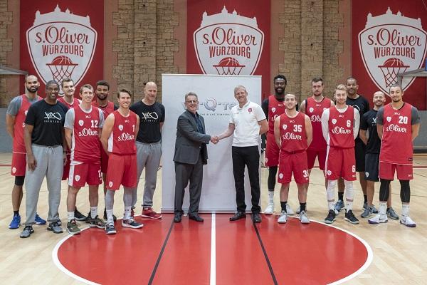 s. Oliver Würzburg Basketballteam im Halbfinale